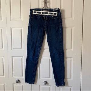 Levi's slight curve jeans